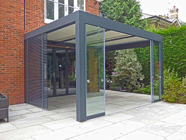 Cobham-glass-and-steel-patio-extension_1