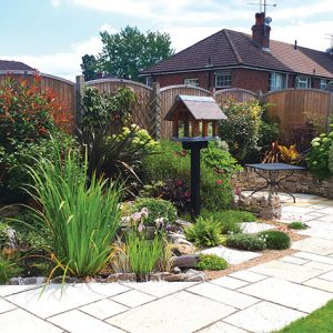 Garden-with-matured-planting