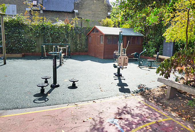 Newly installed outdoor gym for Wimbledon school